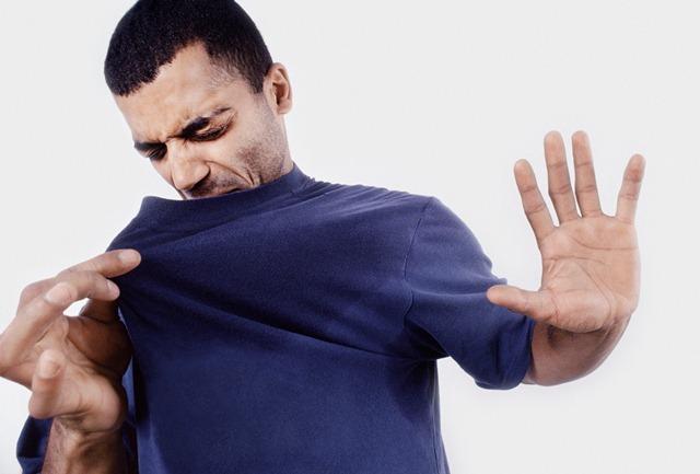 Keringat Berlebih Mungkin Tanda Adanya Gangguan Tubuh